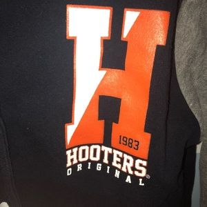 Hooters varsity button up